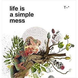 TRAVASSOS: LIFE IS A SIMPLE MESS (LIVRO)